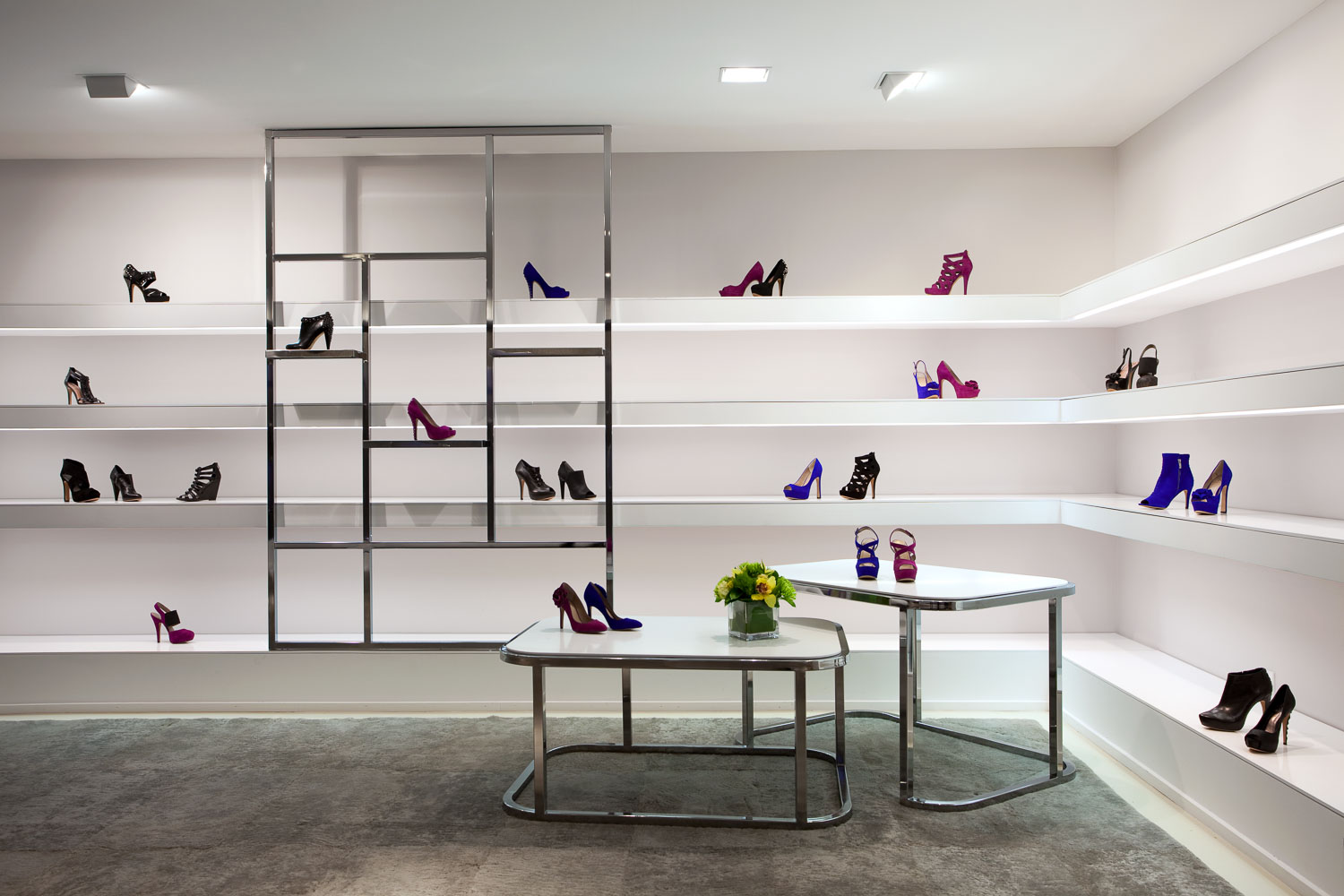 Vince Camuto Showroom New York Retail Store Design