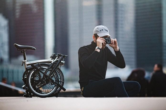 Peter using the Fuji X100F in Brooklyn. Canon 6D, Canon 200mm f/2.8 L.