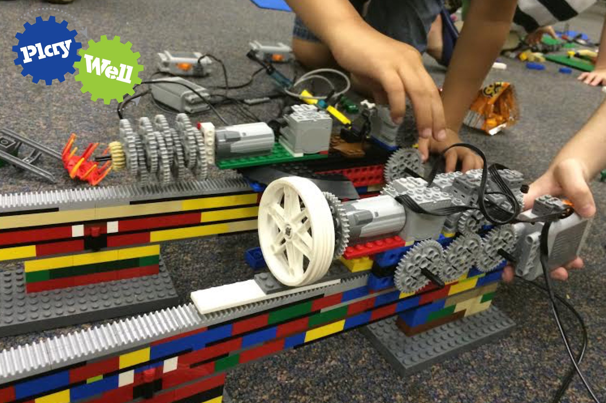 LEGO     Engineering  br   Grades K 5      Sidwell Summer