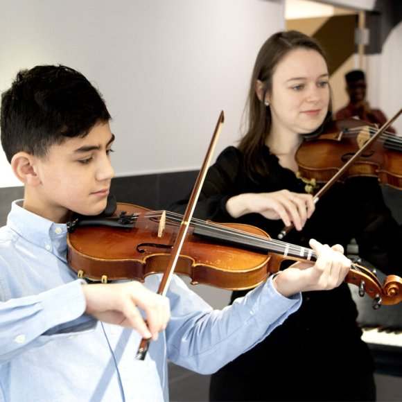 Violin Private Online Lessons — SUPtown Music & Arts