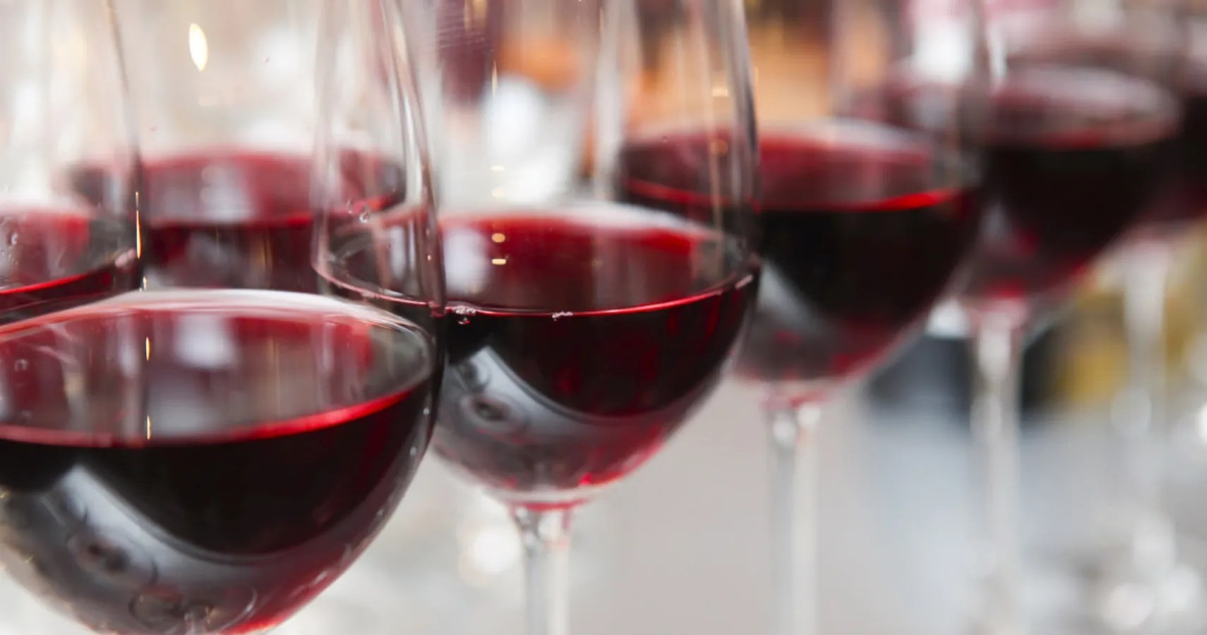 Experts Say Inhaling Red Wine Comes With Surprising Body Benefits