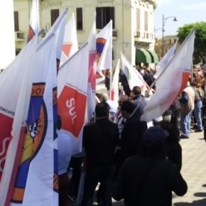 Folla in attesa di Matteo Renzi