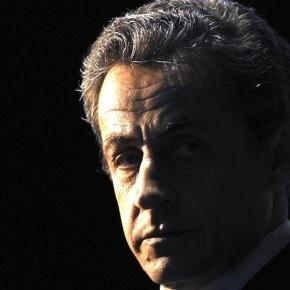 Retour vers le futur : Nicolas Sarkozy et son avenir à la tête de la France. Comment doit-il revenir ? Il doit m'entendre cette fois, pour son salut !