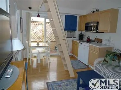 Enjoy New England summers in this snug condo.