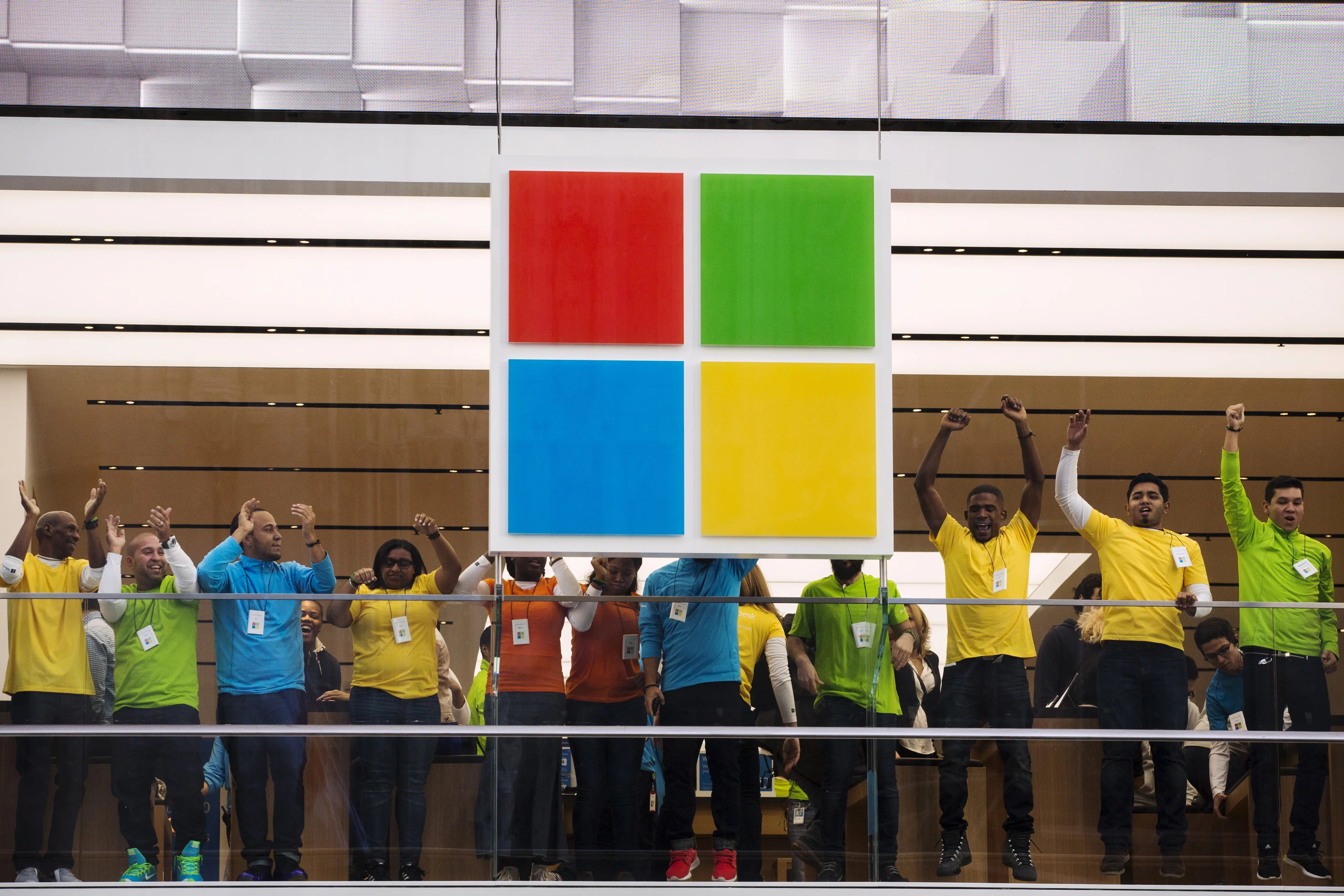 Microsoft's Principal Directors of Program Management help coordinate the teams of engineers working on products and features. They make $185,083, or $303,959 in total compensation.
