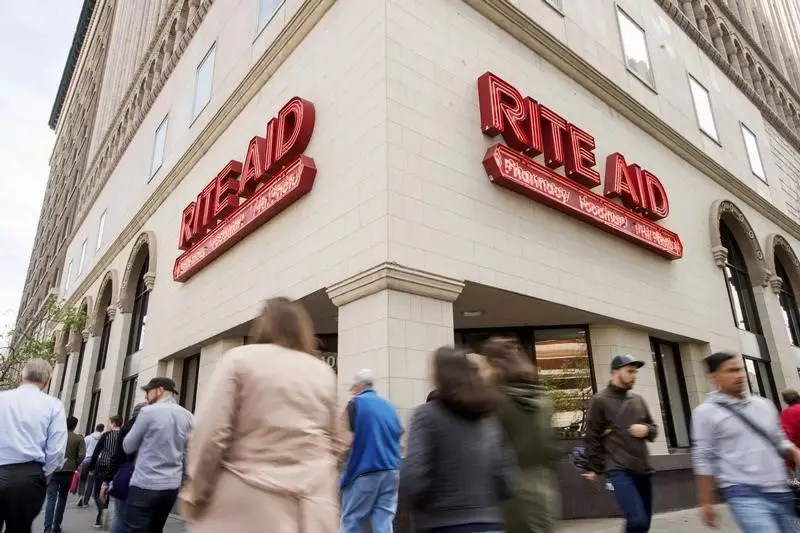 rite aid to sell 865 stores to fred 39 s business insider