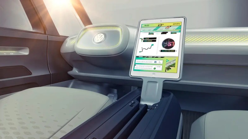 The concept also comes with other innovative features, like a tablet you can remove from the console and use outside. The driver can also open the car by approaching it with his or her smartphone.