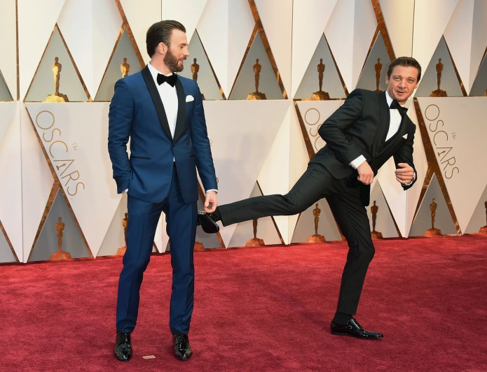 "He wasn't the only prankster on the red carpet. Jeremy Renner goofed around with his ""Avengers"" co-star, Chris Evans."