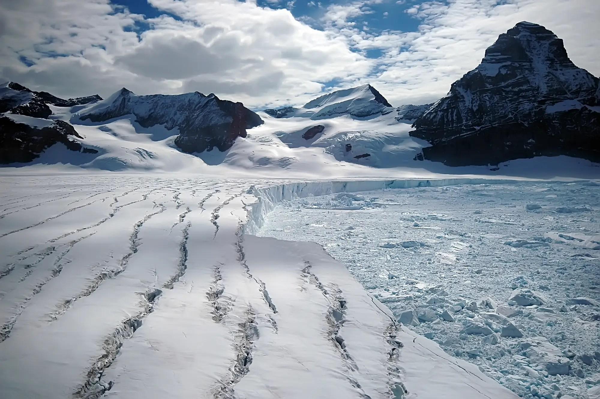 Antarctica S Larsen C Iceberg Is Not A Simple Story Of