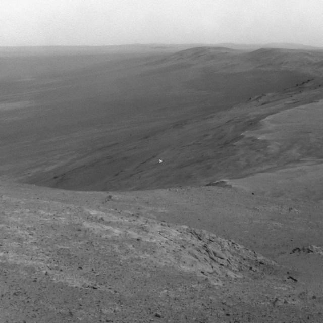 nasa mars opportunity rover hill sean doran flickr ccbyncnd2 42059015864_fa7b929ddd_o