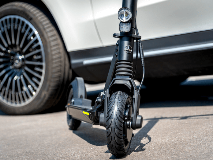 Mercedes Benz e scooter