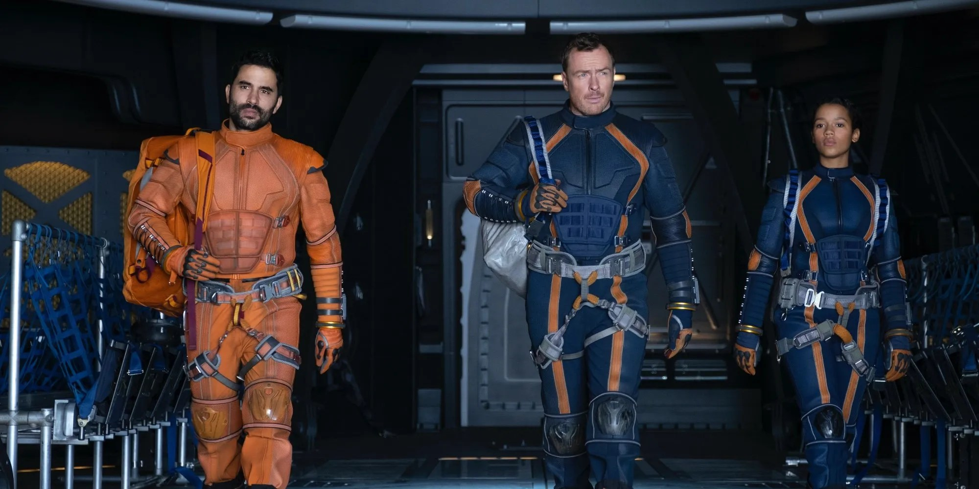 Lost In Space Season 2 S Finale Introduces Its Deadliest