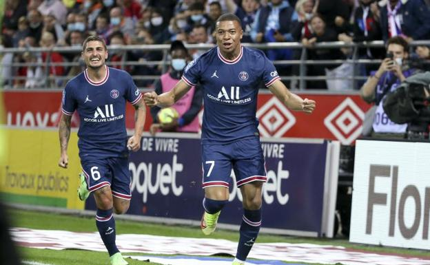 Kylian Mbappé celebrates one of his goals at Stade Reims.