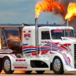 25 Photos Of Custom Big Rigs Because Most People Never Get To See The Real Thing