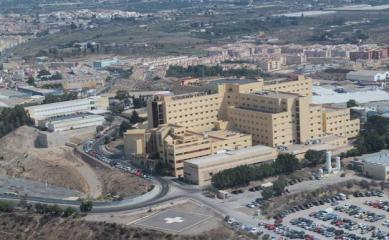 Nuevas restricciones de tráfico en el recinto del Hospital Torrecárdenas por las obras del Materno Infantil | Ideal