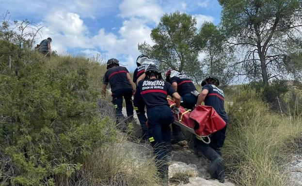 Rescue of the injured hiker.