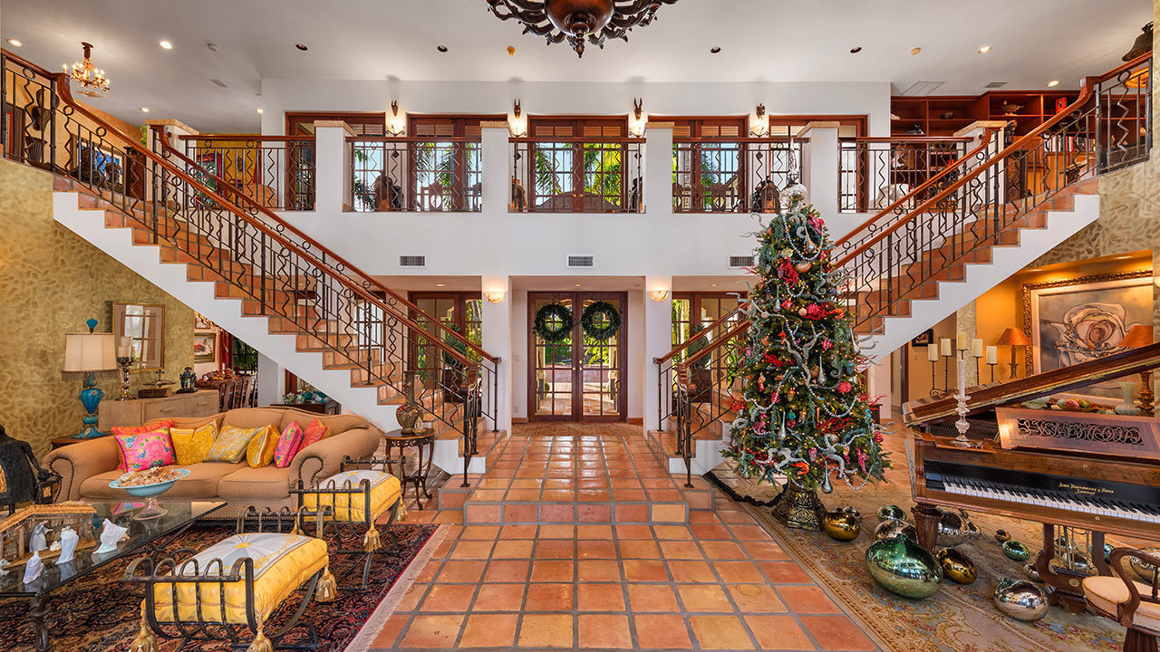 hacienda style estate mansion global