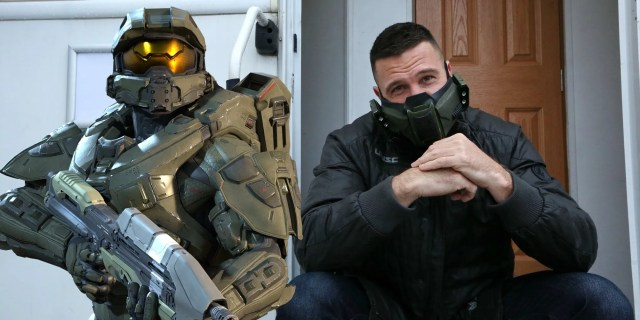 Halo TV Show Image Teases Master Chief's Live-Action Design