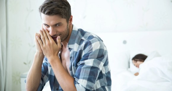 10 Little White Lies Men Tell Their Girlfriends (And Get Away With!)