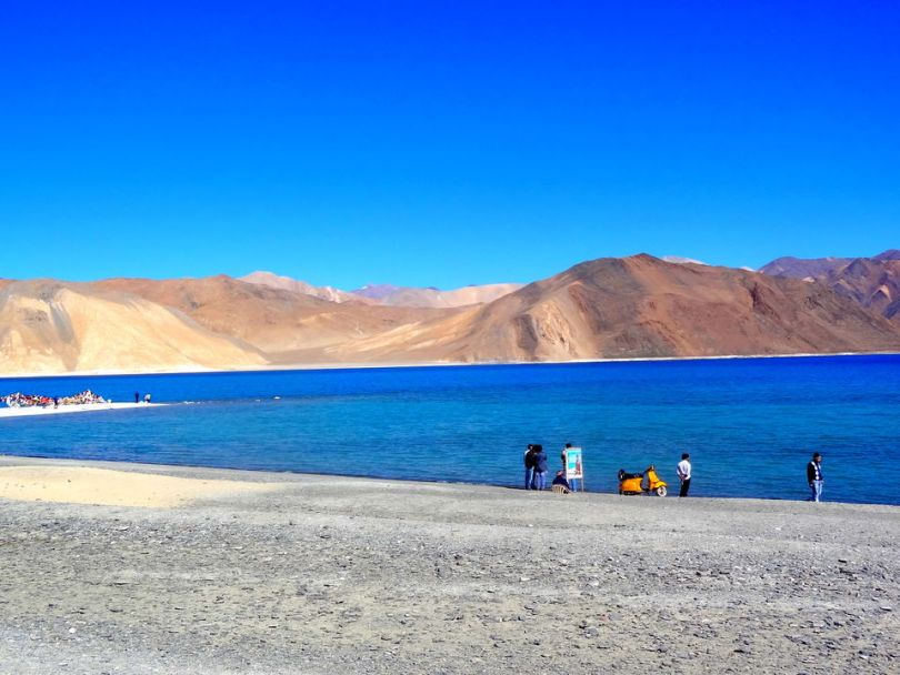 Photos of Pangong Tso 1/1 by Chetna Khetawat (The Vagabond Dreamer)