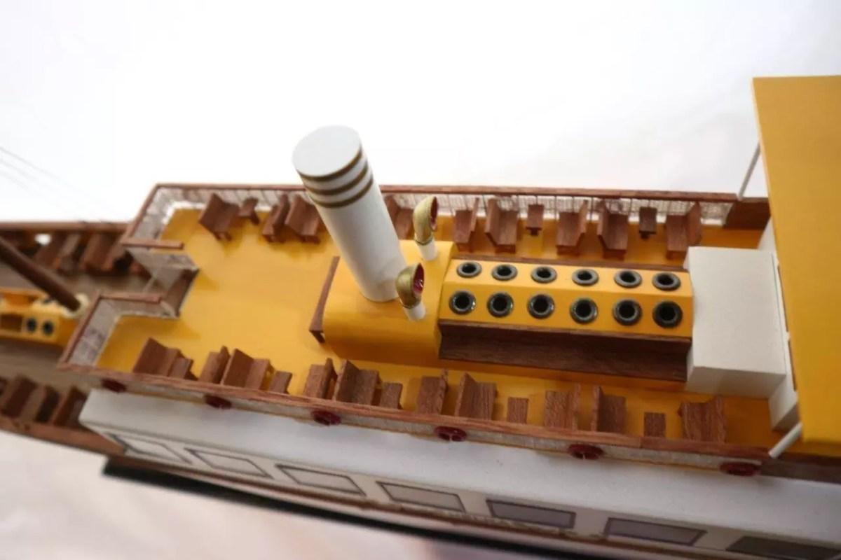 Helka makett L86 Balatoni hajómakett