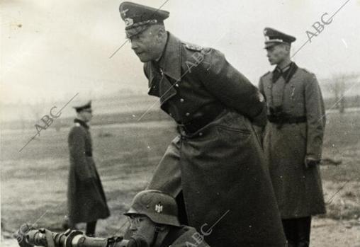 El Capitán General del ejército alemán, Walther von Brauchitsch
