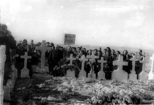 Cementerio de Paracuellos, en 1946