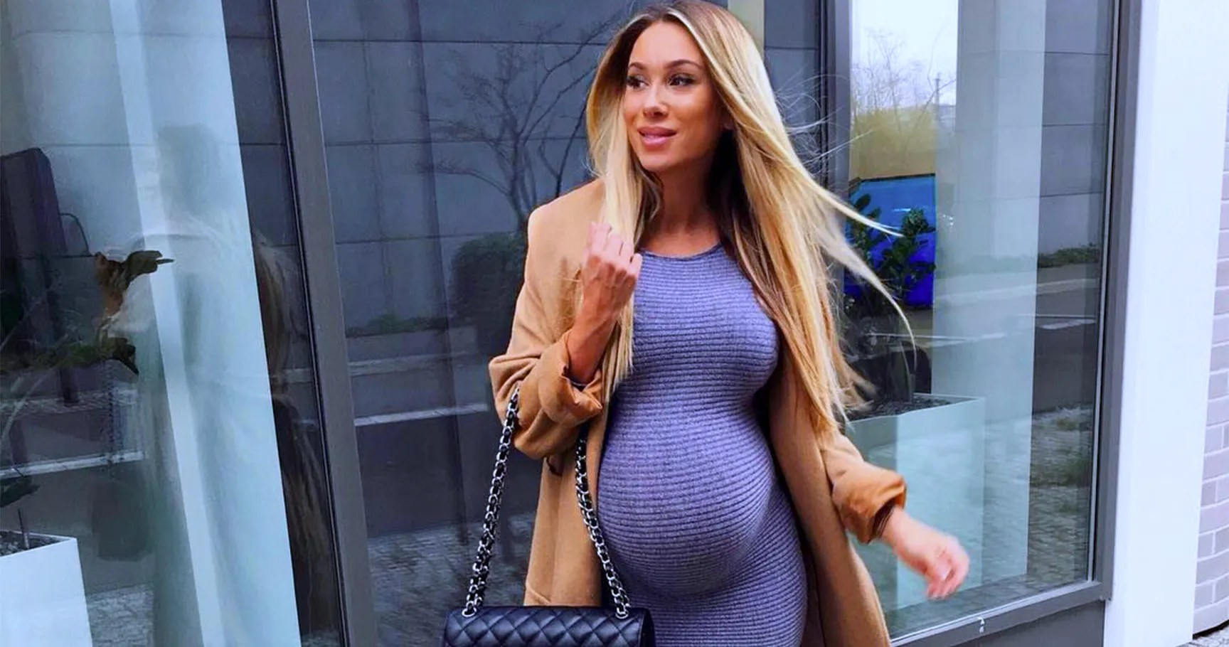 fc5837ba997d6 Anyone who's been pregnant will say that dressing a growing baby bump is no  easy task! While pregnant, moms-to-be are constantly getting used to their  ...