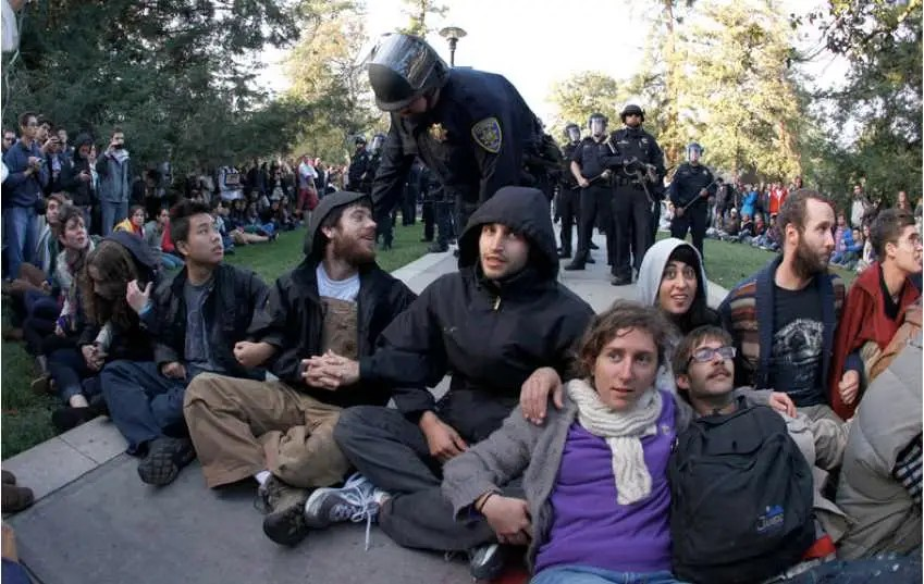UC Davis warns protesters
