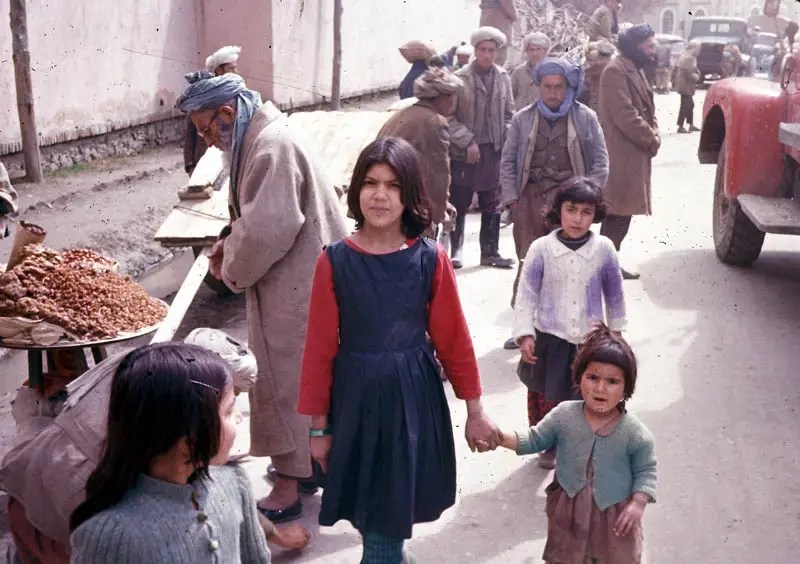Much of Afghan culture retained its traditional dress and style. Even in Kabul, the bazaars remained much the same.