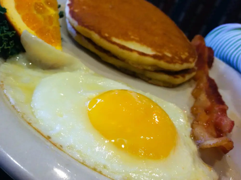 breakfast eggs pancakes