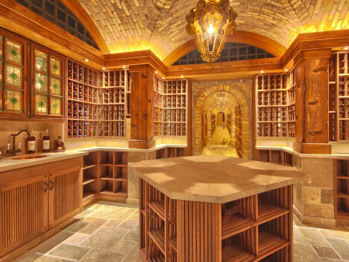 And the wine cellar has space for 3,200 bottles.