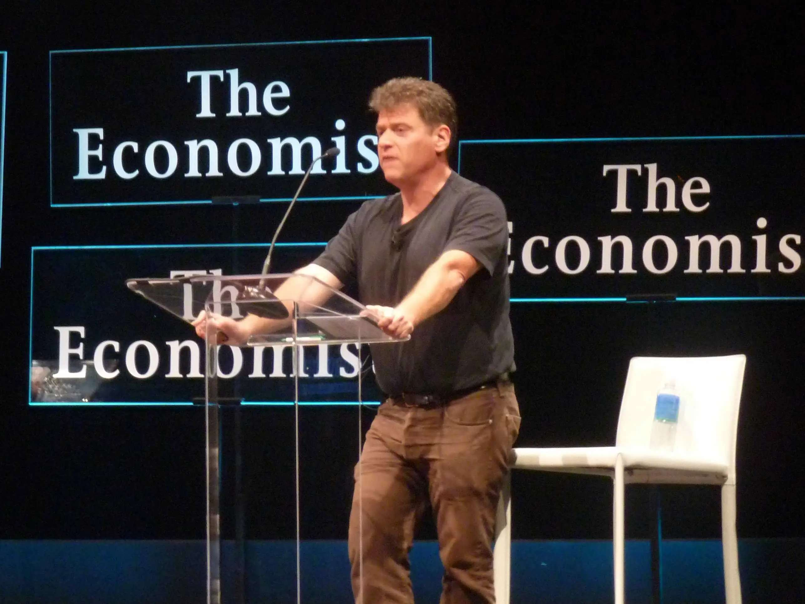 Andrew Keen, one of the most prominent commentators on Internet culture during the Web 2.0 movement, thought that the economic crisis of 2008 would have a huge impact on how we use the Internet...