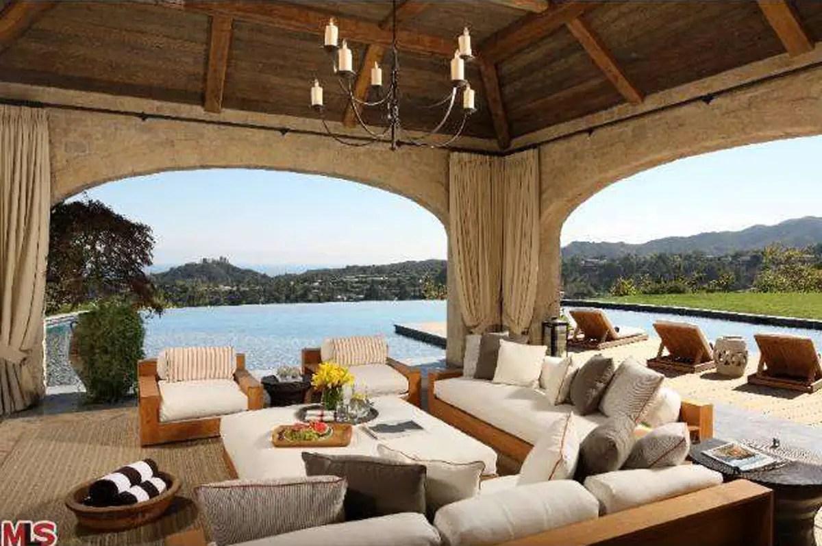 The poolside cabana.