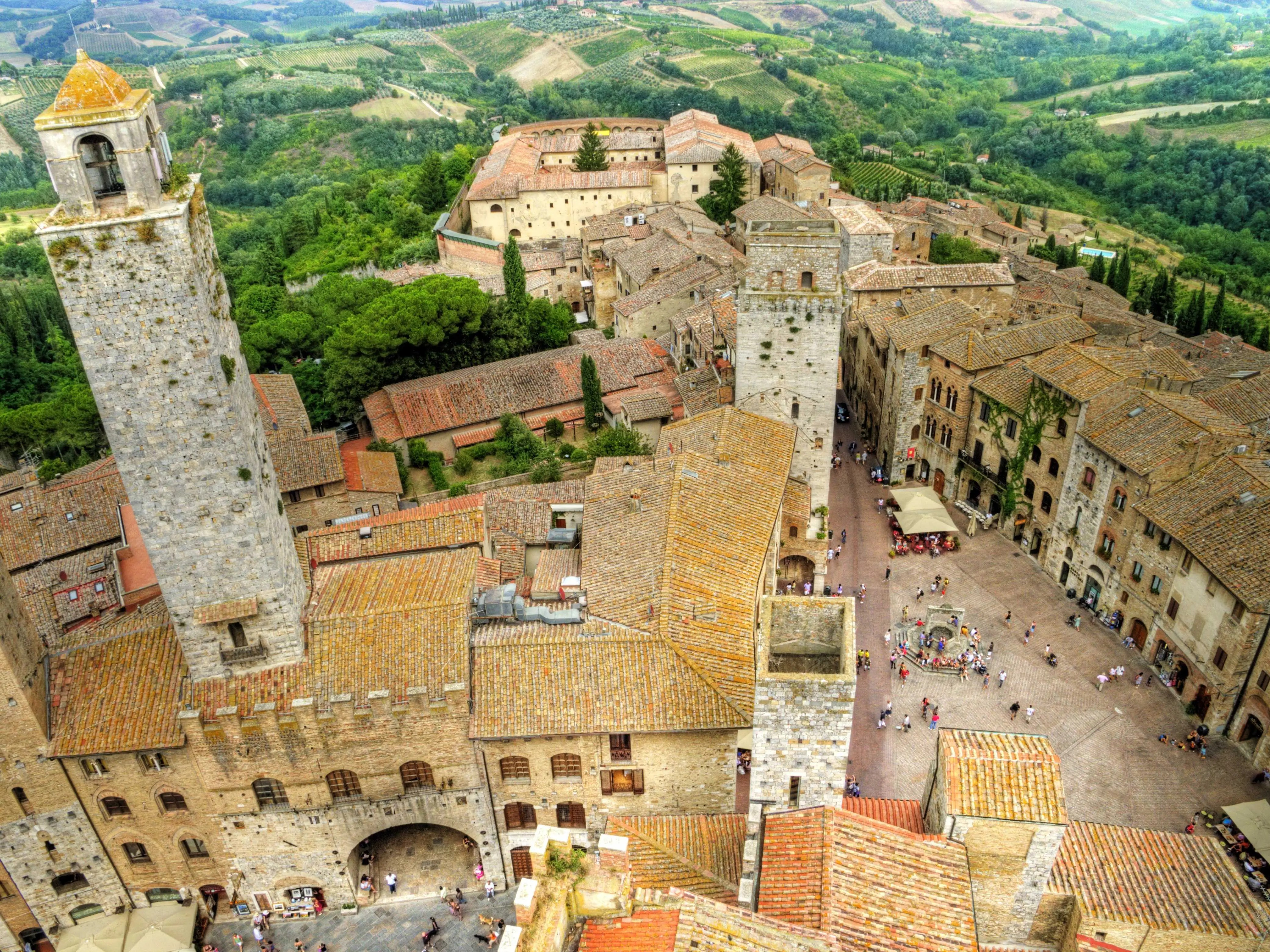 Explore the medieval city of San Gimignano, a walled city within Siena.