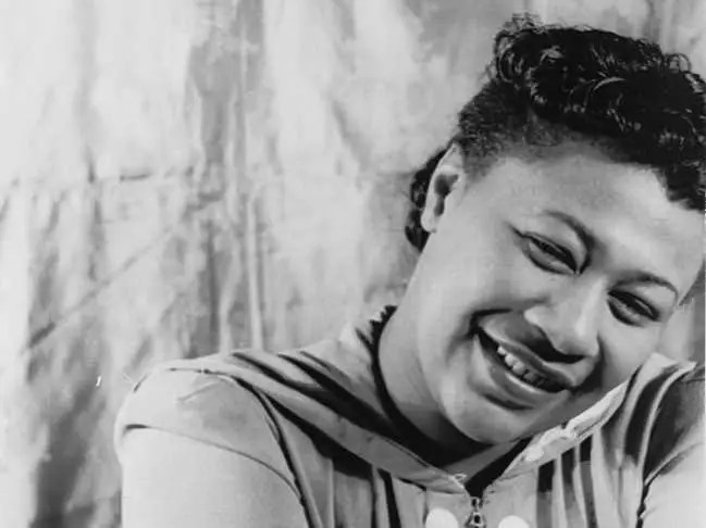 "Singer Ella Fitzgerald was abused, had Mafia ties, and was homeless before becoming the ""Queen of Jazz."""