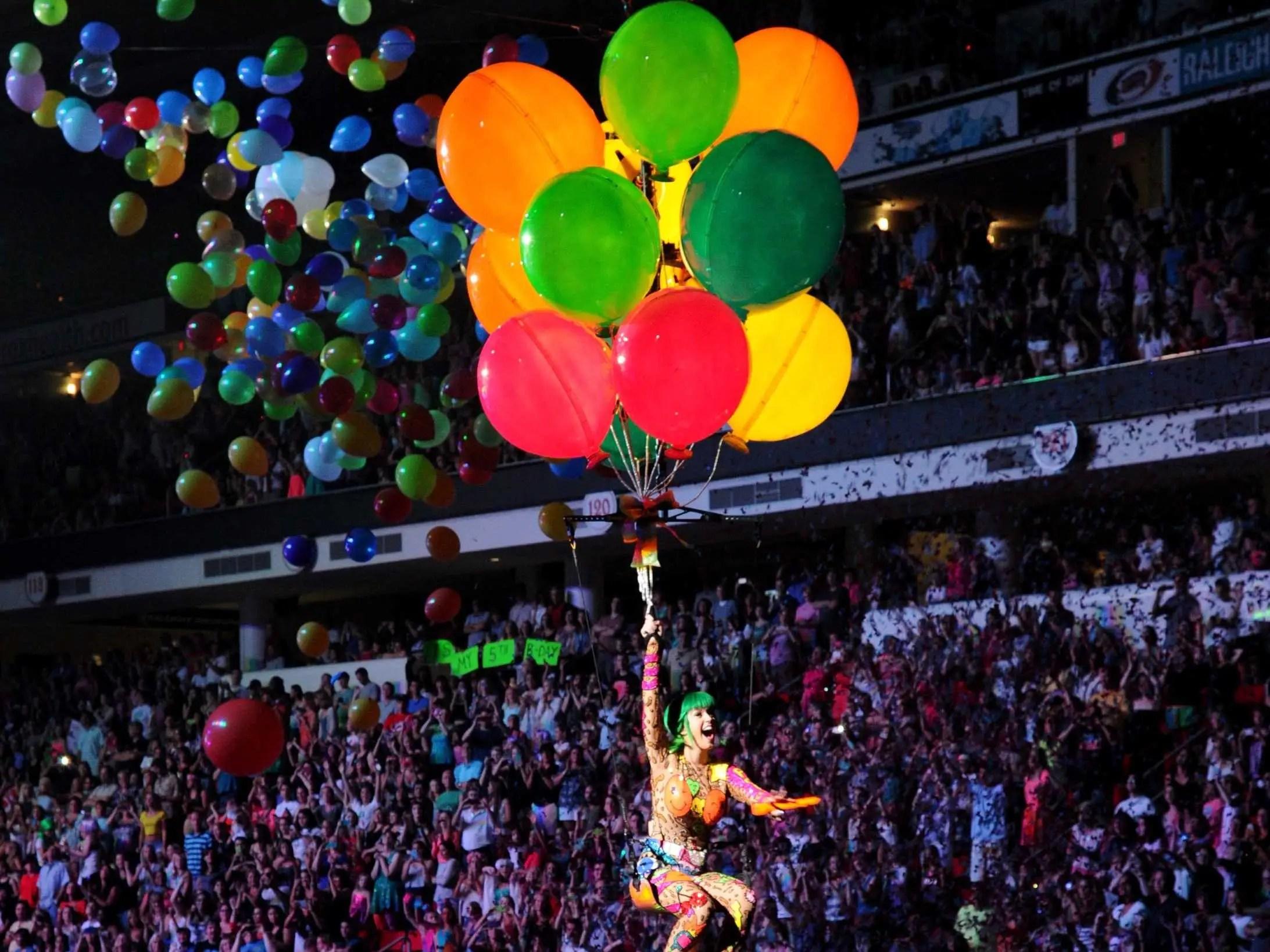 katy perry balloons