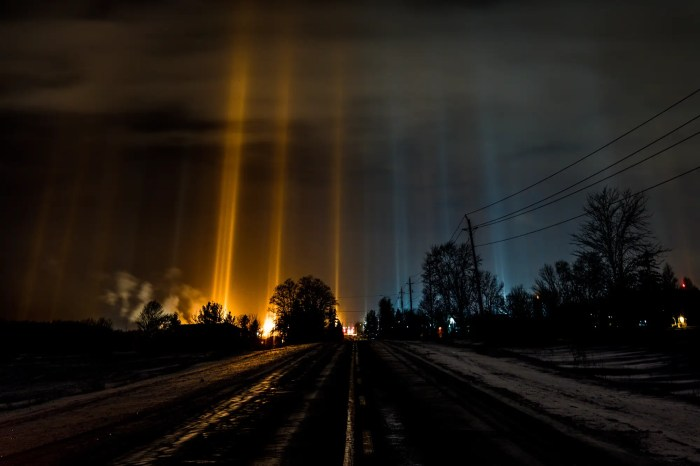 "Majoran didn't hesitate. He grabbed his camera and took off down the main highway in search of light pillars. He turned his eyes to the sky and at first saw darkness. ""Then it happened,"" Majoran said."