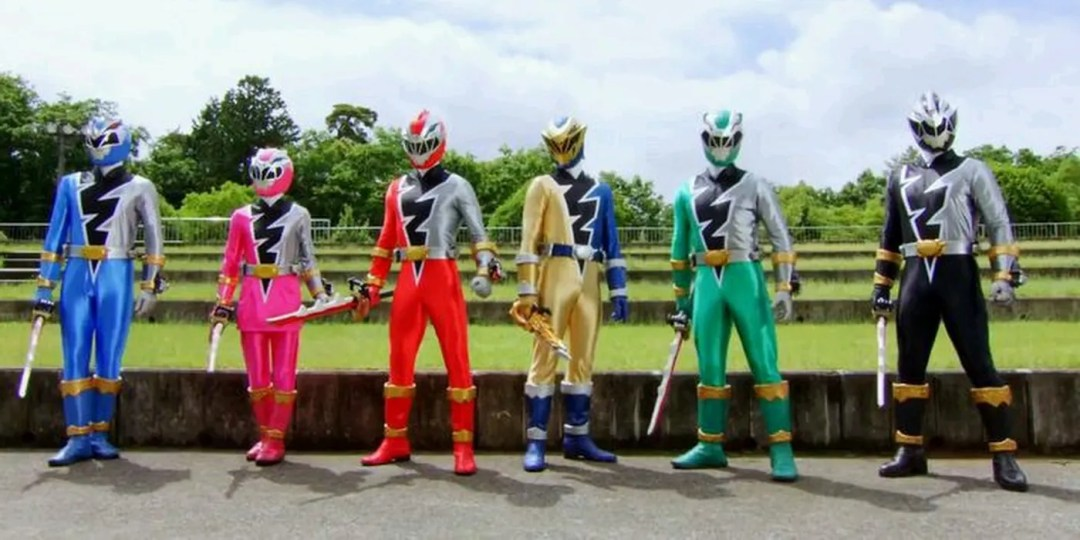 Power Rangers: Dino Fury Boss Says Show Has a Major Advantage When Filming  During the Pandemic