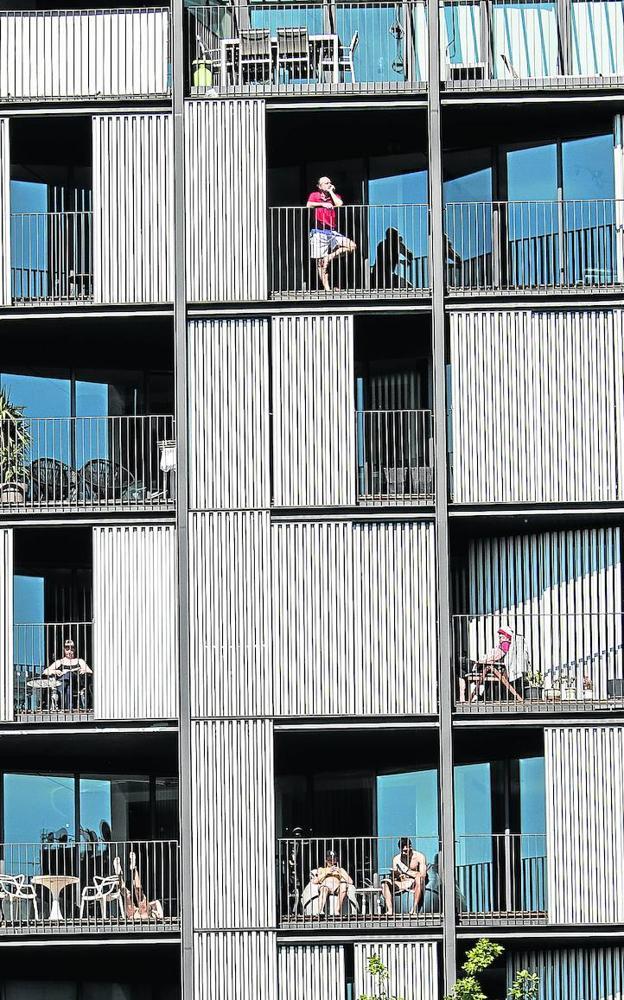 Las terrazas aliviaron la sensación de encierro a muchos vecinos durante el confinamiento.