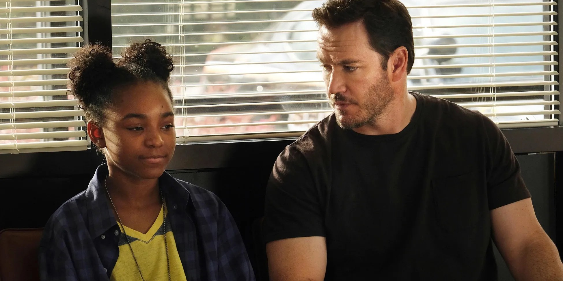 New Trailer Amp Premiere Date For Fox S The Passage Screen