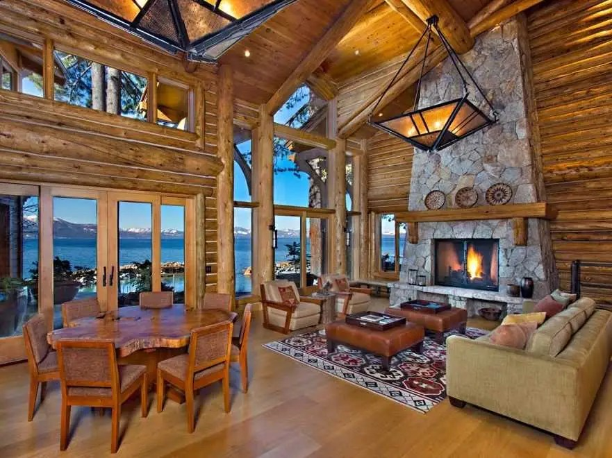 The family room is a great place to sit and relax with a view of the gorgeous lake and mountains.