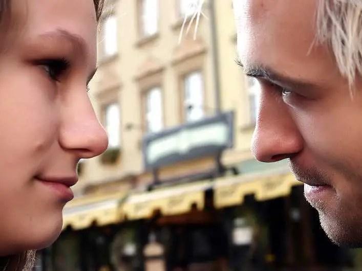 couple eye contact