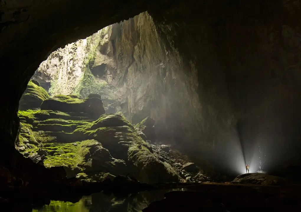 Largest Cave World 2
