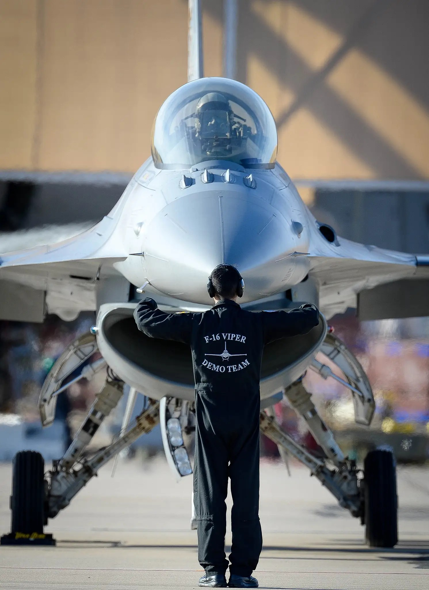 An F-16 gets ready to join the formation.