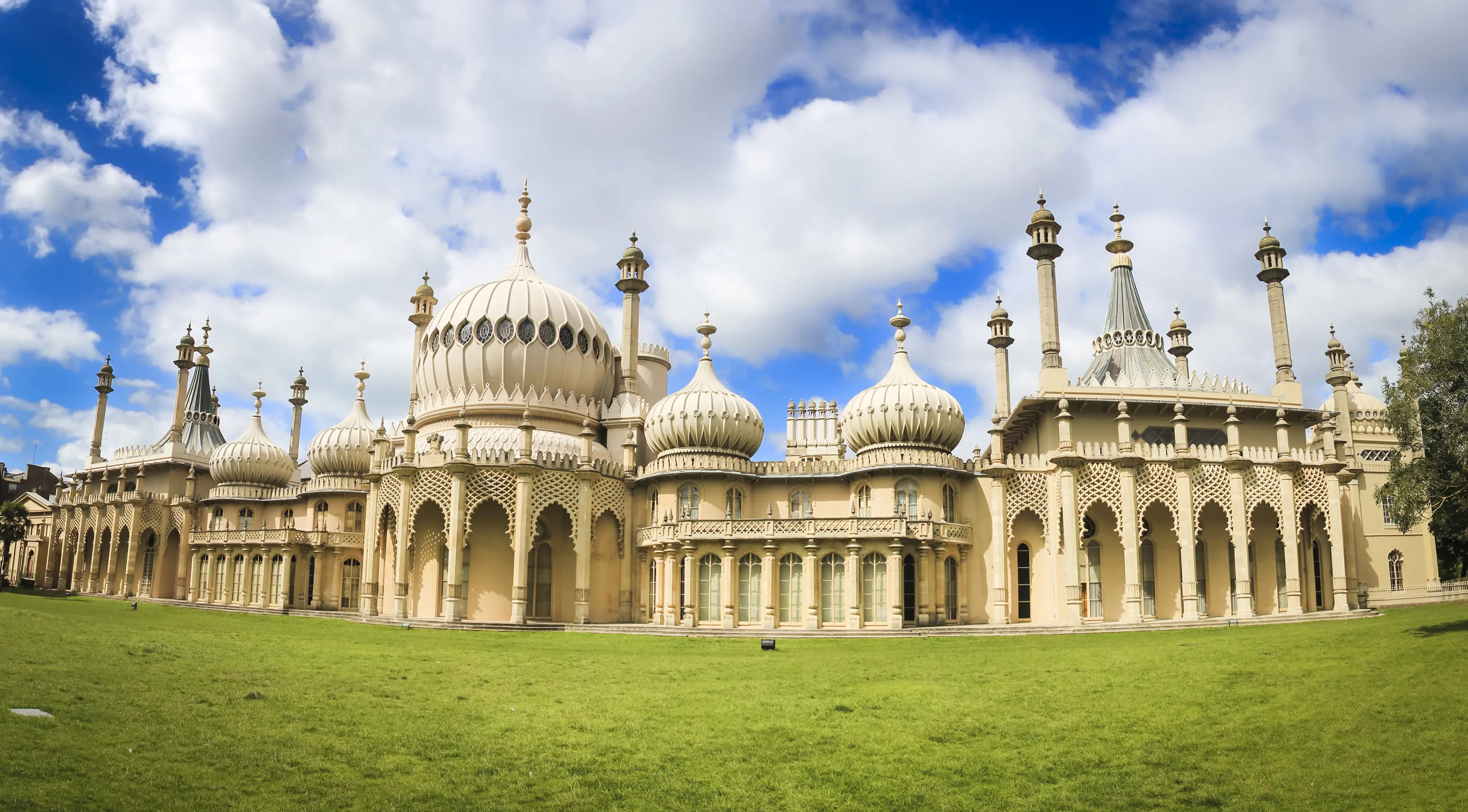 26. The Royal Pavilion in Brighton, UK, ambitiously merges British and Indian culture.
