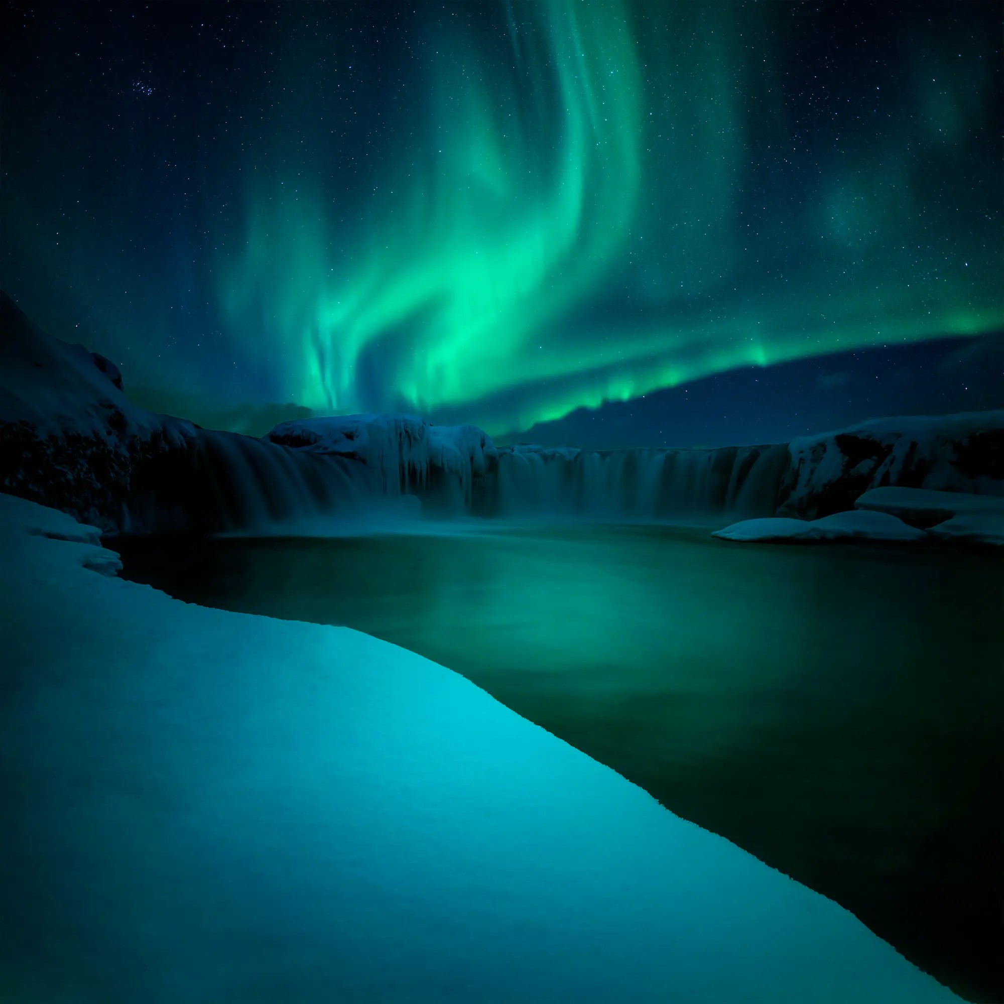 "Leonardo Papära's shot of the Northern Lights from Godafoss, Nordurland, Iceland, won the ""Dominant Sky"" award."