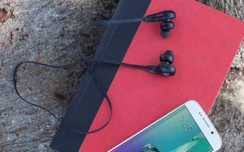 A pair of Bluetooth earbuds