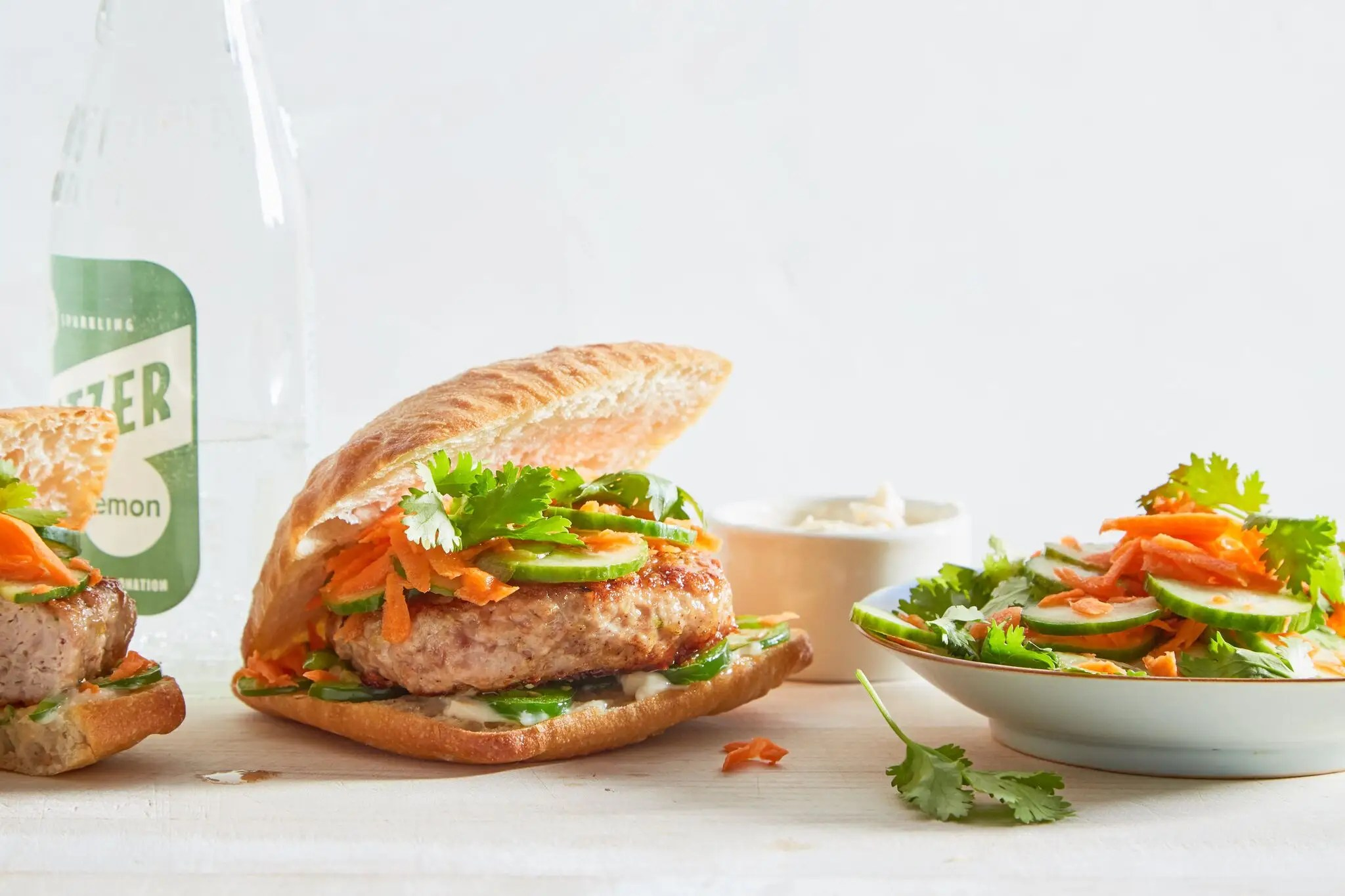 Martha & Marley Spoon_Bahn Mi Turkey Burgers