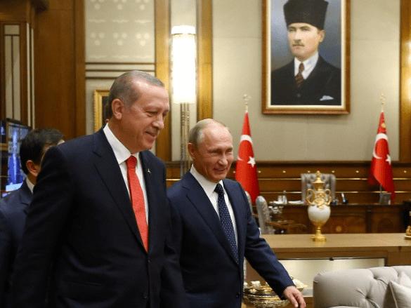 Turkish President Tayyip Erdogan meets with Russia's President VladimirÊPutin at the Presidential Palace in Ankara, Turkey, September 28, 2017. Kayhan Ozer/Presidential Palace/Handout via REUTERS